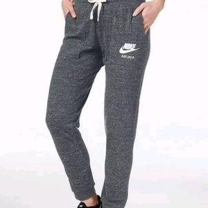 New nike Jogger pants